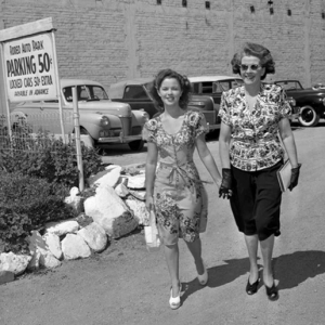 Shirley-Temple-and-her-Mother-Gertrude-shirley-temple-7184092-515-515